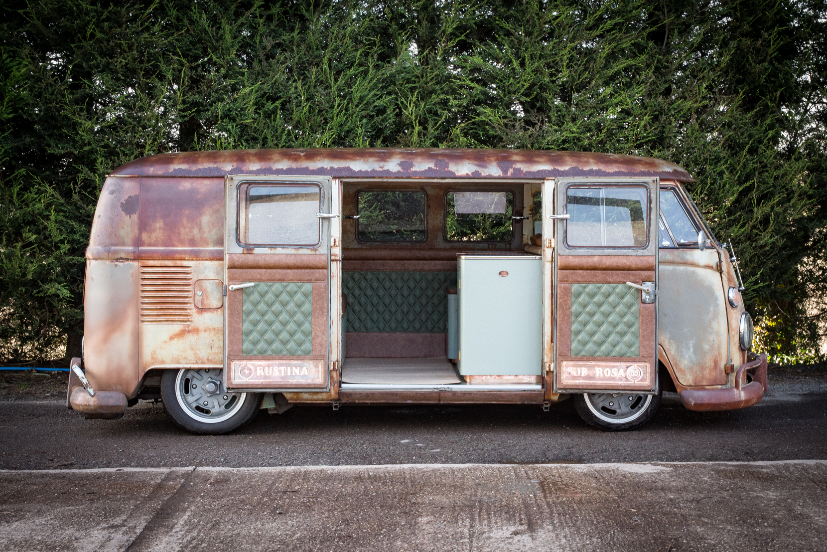 classic car photography derbyshire fivecreative split screen camper Rustina